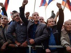 Видео: Проамериканская оппозиция в Ереване подготовила взрывчатые вещества к ночному стоянию