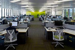 Какие профессии востребованы на рынке труда, а кого ждут увольнения?