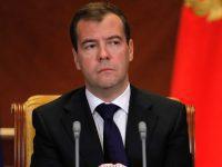 Медведев раскрыл тайну интриги-2012