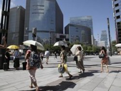 За минувшее лето в Японии из-за аномальной жары пострадало более 56 тысяч человек